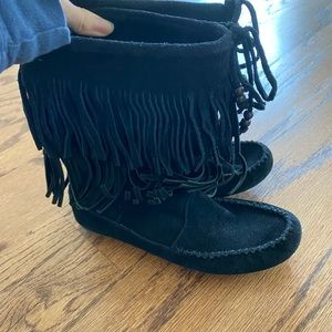 Black softsole boot
